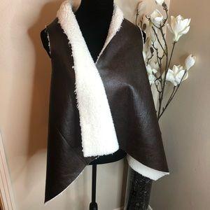 Jackets & Blazers - Shearling vest